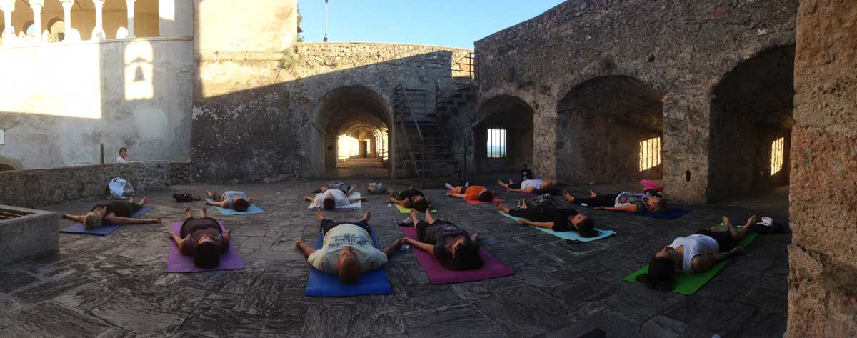 Yoga al castello