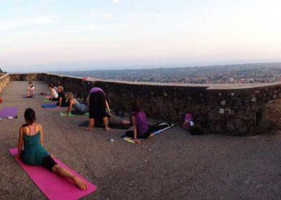 Yoga-al-castello-quietamente-3