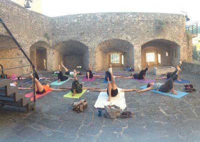 Yoga-al-castello-quietamente