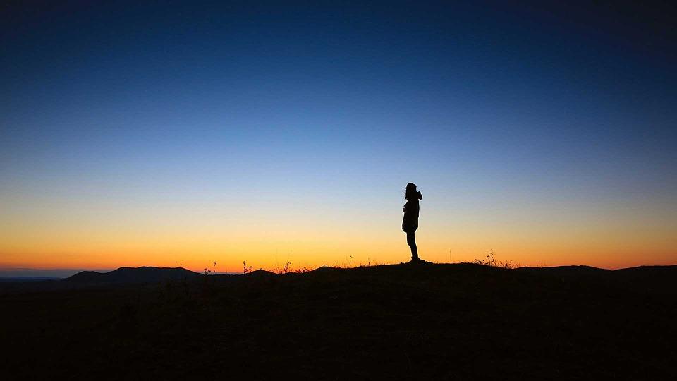 Quietamente e quieta.mente: un invito e un modo. Dolce.