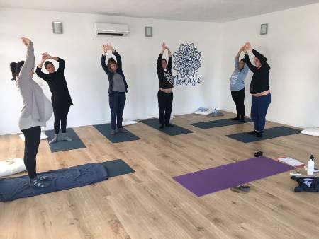 Corso Yoga in gravidanza a Massa Carrara - Quietamente.eu